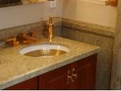 Гранитная столешница для ванной